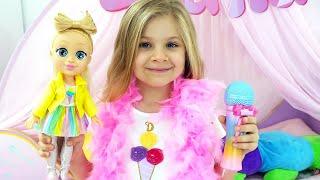 Diana Bermain Jadi Penyanyi Bersama Boneka Candy Town Terbaru