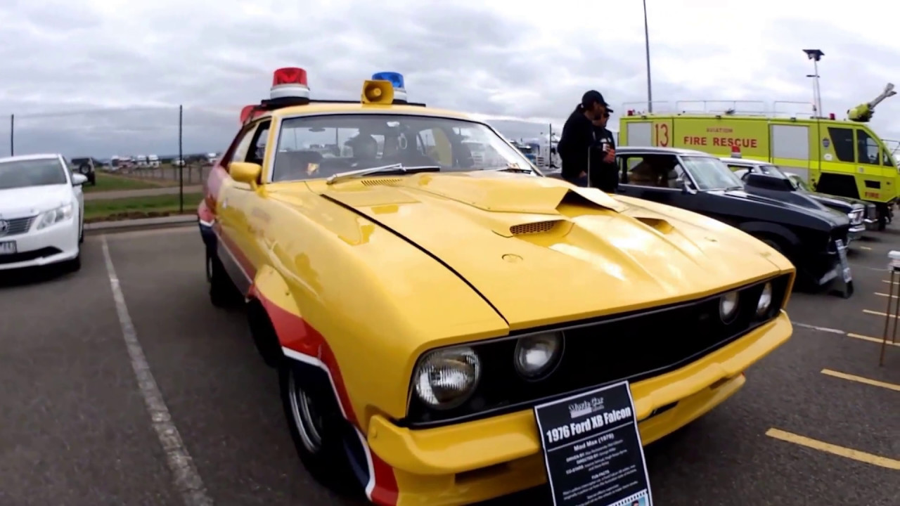 mad max yellow interceptor and nightrider car replica mfp main force patrol road warrior youtube. Black Bedroom Furniture Sets. Home Design Ideas