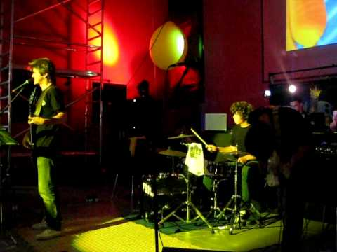 Black and Yellow Party - Bowling Caldas | TRIO