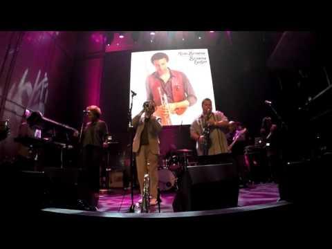 Thighs High - Tom Browne @ Music Box 2016  (Smooth Jazz Family)