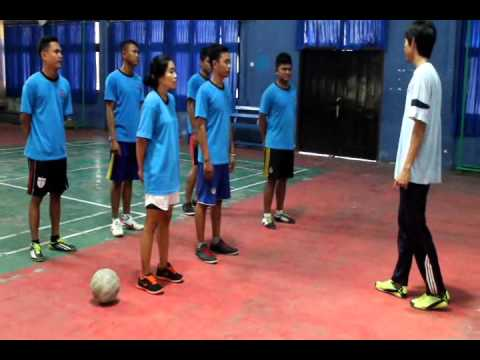 Vidio Praktek Mengajar Sepakbola UNIVERSITAS PGRI BANYUWANGI