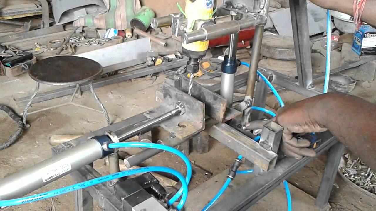 Auto feed pneumatic drilling machine mechanical engineering ...