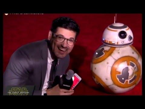 Star Wars The Force Awakens Red Carpet - C-3P0 R2-D2 and BB-8 Arrive