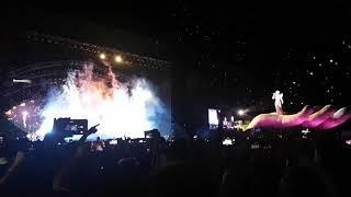Katy Perry, Firework en vivo en el Club Ciudad de Buenos Aires el 11/3/18.