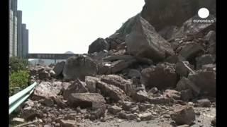 Страшные кадры: Оползни, камнепады, сели landslide