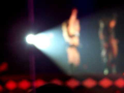 Britney Spears - Circus - Pieces of me   stockholm Sweden 13/7-09