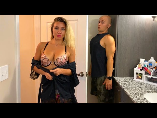 Spying on the Beautiful Blondie in the Shower. Magic Stone Part 2