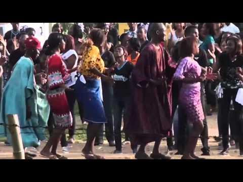 Finest Worship 2015 Flash Mob Obafemi Awolowo University