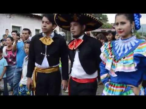 Mariachis en Nahuizalco