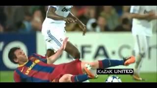 Футбольные приколы!!!драка Месси Роналду