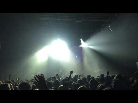 Thegiornalisti - Tra la strada e le stelle (live)
