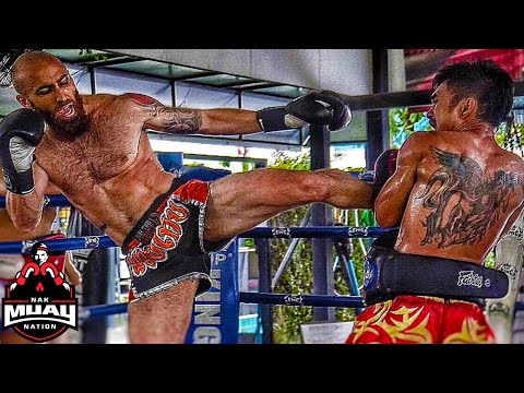 Muay Thai Experience at Thailand Training Camp