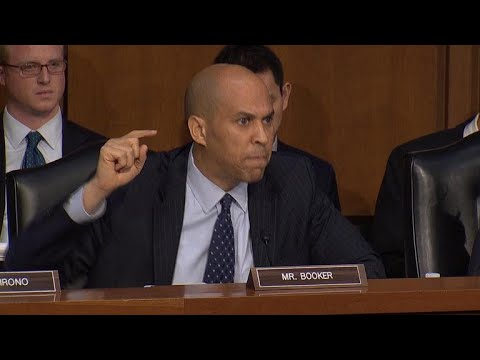 Sen. Cory Booker lambasts DHS secretary