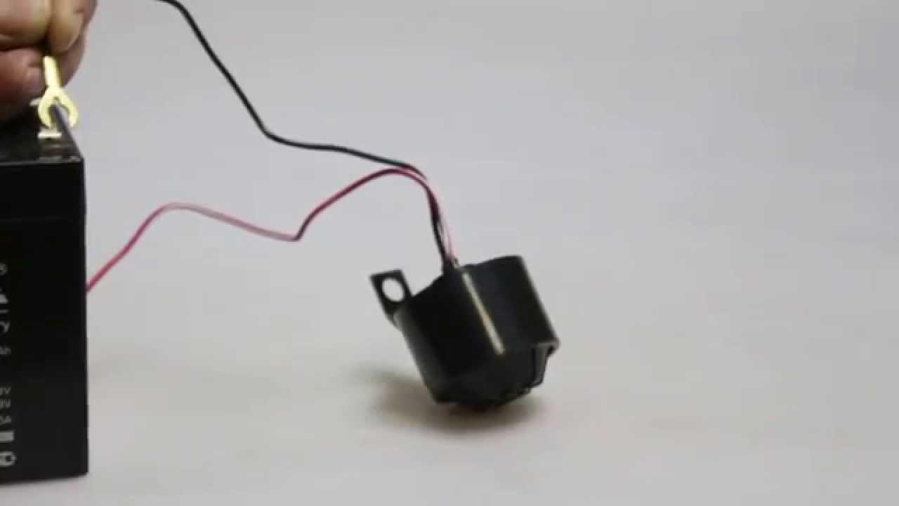 Звуковые сигналы для легковых и грузовых автомобилей а так же клапана и детали к ним. Сигнал звуковой заднего хода