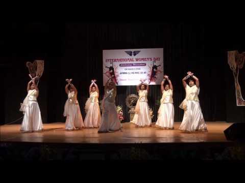 Minakshi Bhatt   Tu hi Tu & Mardaani Anthem Women's Day dance performance