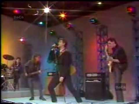 *A CARA O CRUZ* - RADIO FUTURA - 1987 (REMASTERIZADO) (Rock en tu Idioma)