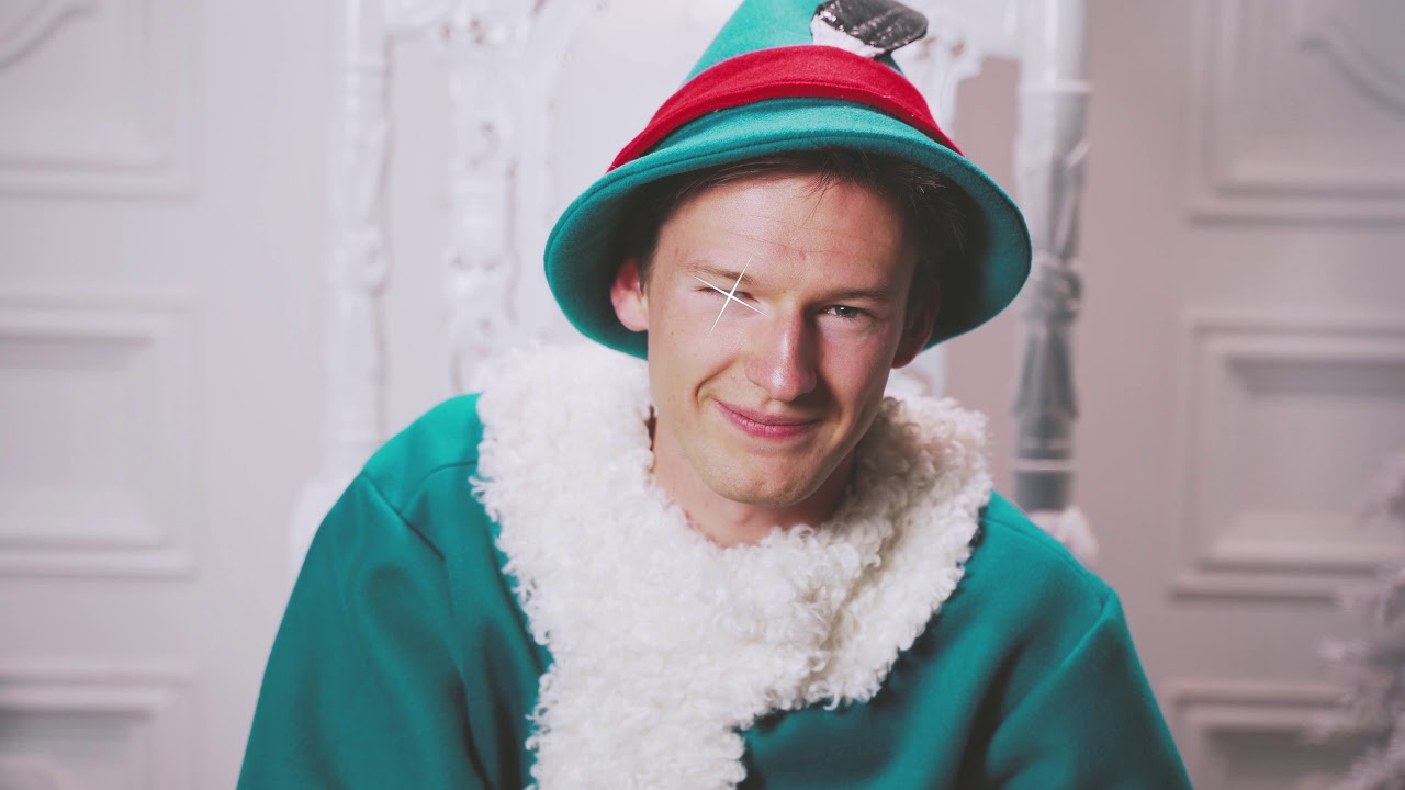 WHO IS TINSEL MCJINGLES THE 3RD?! | Savvy Sophisticated Elf Takes Over SNOWDAY in DFW