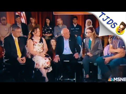 Roomful of Trump Supporters Cheer Bernie Sanders