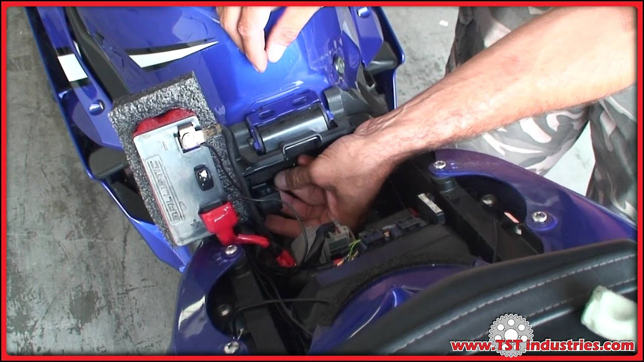 2006 2007 yamaha r6 led flasher relay installation diy - youtube  youtube