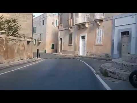 Bike commuting 9km in Malta: Safi to Junior College Msida