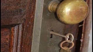 70 सालों से बंद था इस घर का दरवाजा, खोलते ही निकला कुछ ऐसा की होश उड़ गए सबके