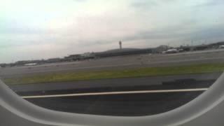 ✈JetBlue - Embraer 190 rainy takeoff at Newark Airport!