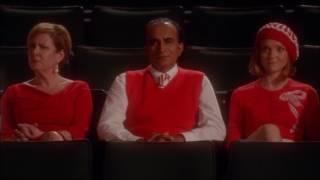Glee - Sue renames the auditorium after Finn 6x13 thumbnail