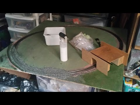 Building a basic oo model railway on the cheap using leftover junk