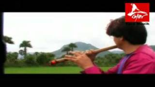 Melody on Bamboo Flute : Monsoon Journey