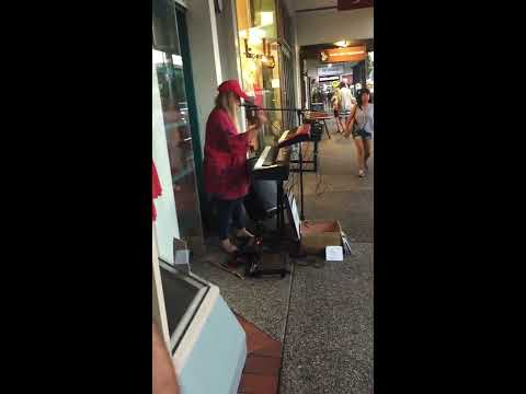 Tones and I - busking in Byron Bay - March 2018