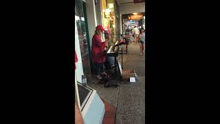 Download Tones and I - busking in Byron Bay - March 2018