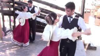 Hermoso Bailable con el GRUPO FOLKLORICO NEMILIZTLI en 3 Grupero - Televisa Canal 3 - Ago 2015