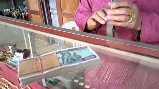 ร้านทองรับแลกเงินเมืองยองแต่ทองมาจากไทยทั้งนั้น Mongyawng market Exchange Money