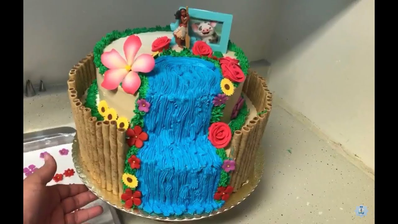 C mo decorar un pastel de moana super f cil youtube for Como decorar un bizcocho