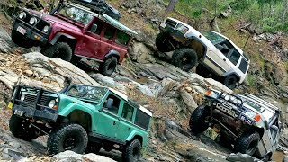 Land Rover Defender vs Discovery - Tea Cup 4x4 Challenge Ormeau