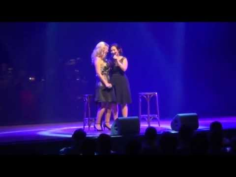 Mirusia Louwerse and Laura Engel sing 'For Good' from the musical Wicked.
