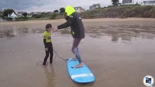Ecole de surf de Bretagne de Clohars Carnoet dans le finistère sud, cours de surf dès 5 ans,