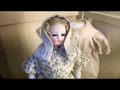 The Ladies Corner | Antique French Lady Doll Seminar