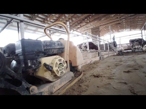 Расширяем коровник для дойных коров