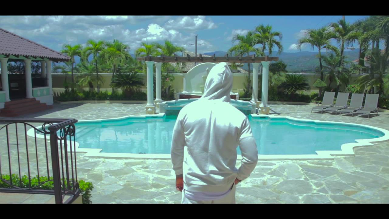 Descargar - Elvis Martinez - Esto Se Llama Amor - Video Official 2016