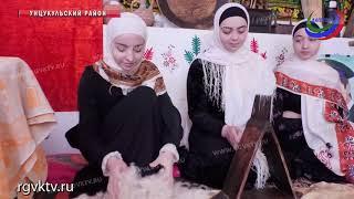 В Шамилькале экскурсантам рассказали о традициях и быте горцев