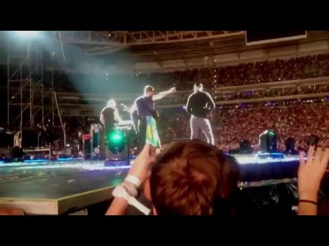 Coldplay - Magic (Live in Sao Paulo)
