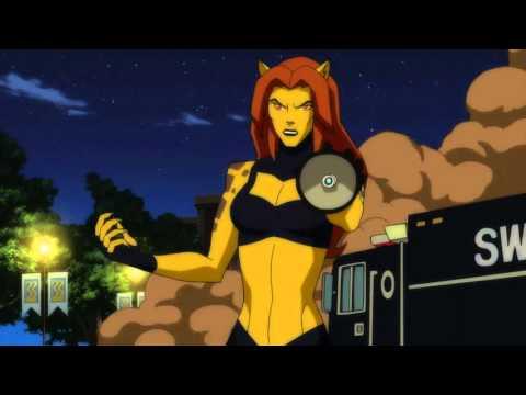 Wonder Woman Ripping Off Cyborg