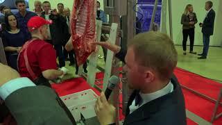 Мастер-класс по обвалке свинины и стейк шоу