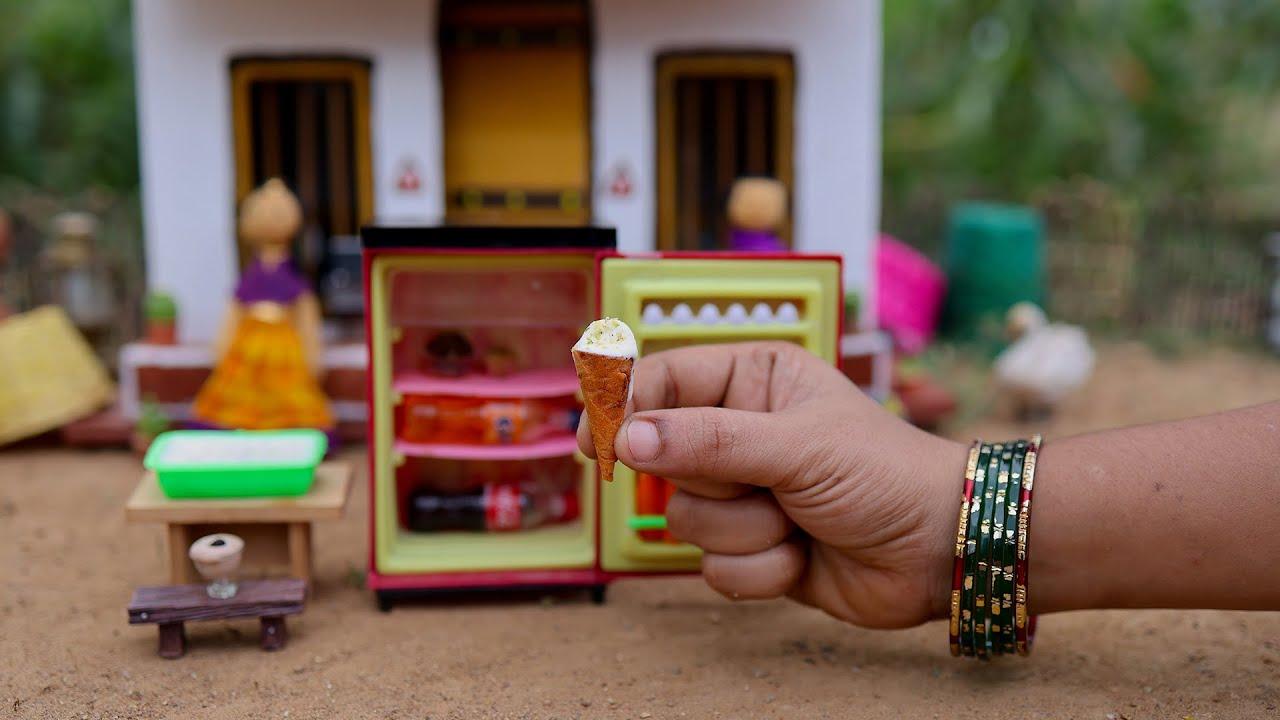 Delicious ice creams!! Easy Chocolate Ice Cream | Homemade Vanilla Ice Cream | The Tiny Foods