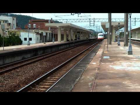 [HD] The Taiwan TRA down Tzu-Chiang Express Limited Train no. 1021 pass the Sanyi Station