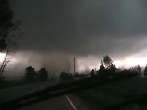 Norwalk, Ohio Tornado Warned Storm 5/25/11 Part 2