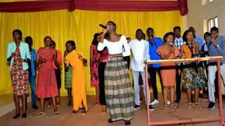 MANA UHIMBAZWE By Penuel choir (Offial audio)