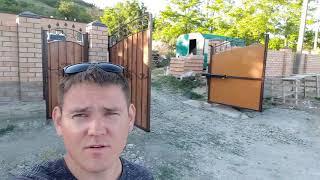 Забор из кирпича распашные ворота и калитка в Курбацком готовы