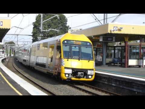 Australia: NSW TrainLink & Sydney Trains at Homebush